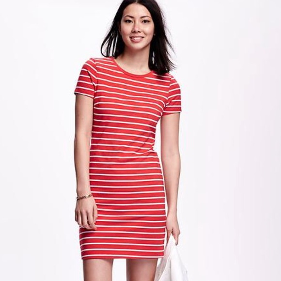 9d9426b8844df Old Navy Red & White Striped T-shirt Dress. M_5aef6e1a5521bef3ecb18a61